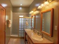 Bathroom of one bedroom oceanfront condo for sale San Pedro